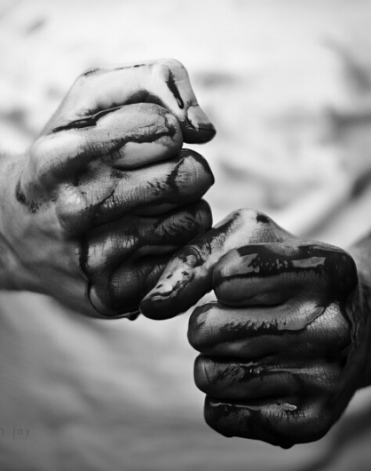 black-and-white-blood-fight-hands-Favim.com-697265.jpg